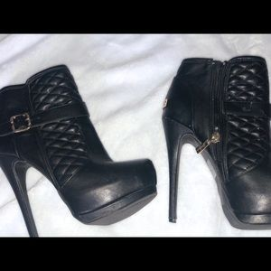 Bebe Ankle Boots!